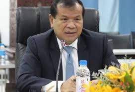 Tourism Minister Thong Khon