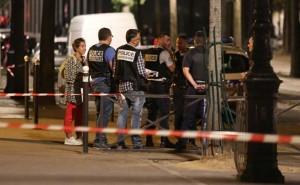 Paris-knife-attack