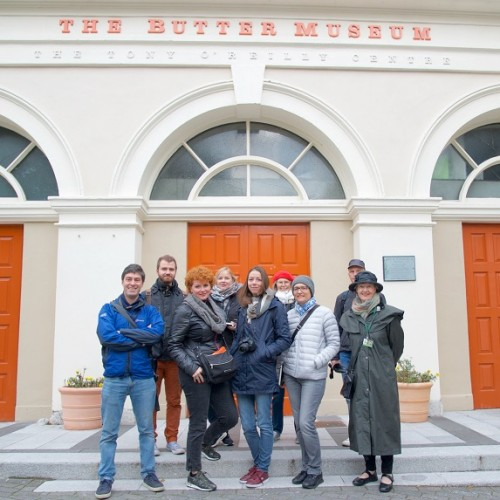 REPRO FREE 29/09/2018, Cork – Six Austrian travel writers – representing various print and online publications with a combined audience of more than 700,000 readers, or potential Austrian holidaymakers – are exploring Cork this week, as guests of Tourism Ireland and Fáilte Ireland. PIC SHOWS: Austrian travel writers with Simon Bopp, Tourism Ireland (left); and tour guide Máirín Ahern (right), at the Butter Museum in Cork. Pic – John Roche Photography (no repro fee) Further press info – Sinéad Grace, Tourism Ireland 087-685 9027